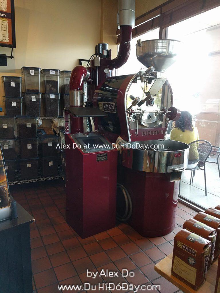 Máy rang cafe thiết kế bởi gia đình Diedrich