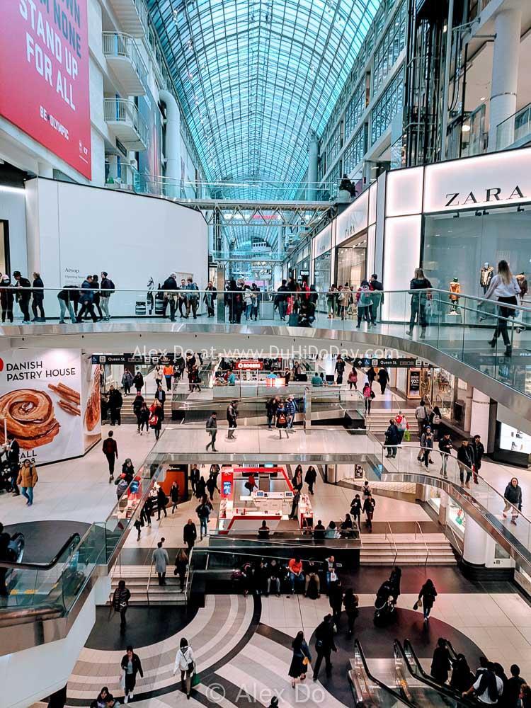Khu mua sắm khổng lồ ở Toronto
