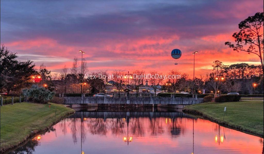 Hồ nước ở khách sạn Hilton Orlando Buena Vista Palace Disney Springs Area