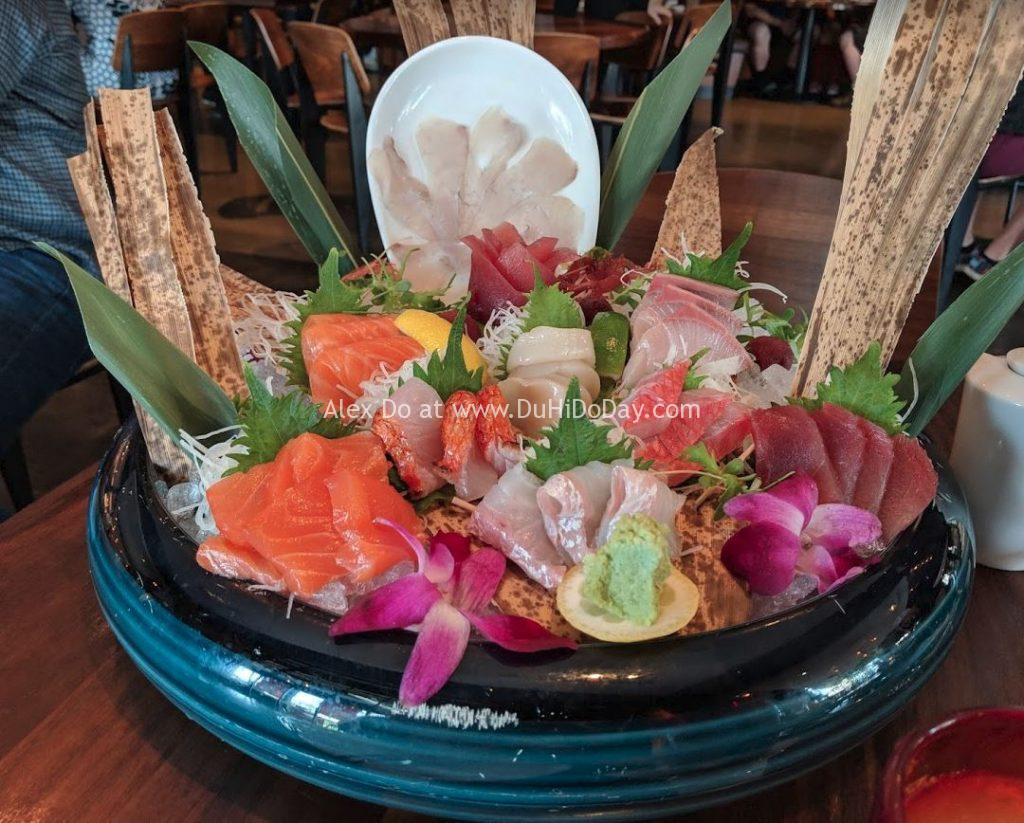 Cá sashimi ở nhà hàng châu Á nổi tiếng Morimoto Asia