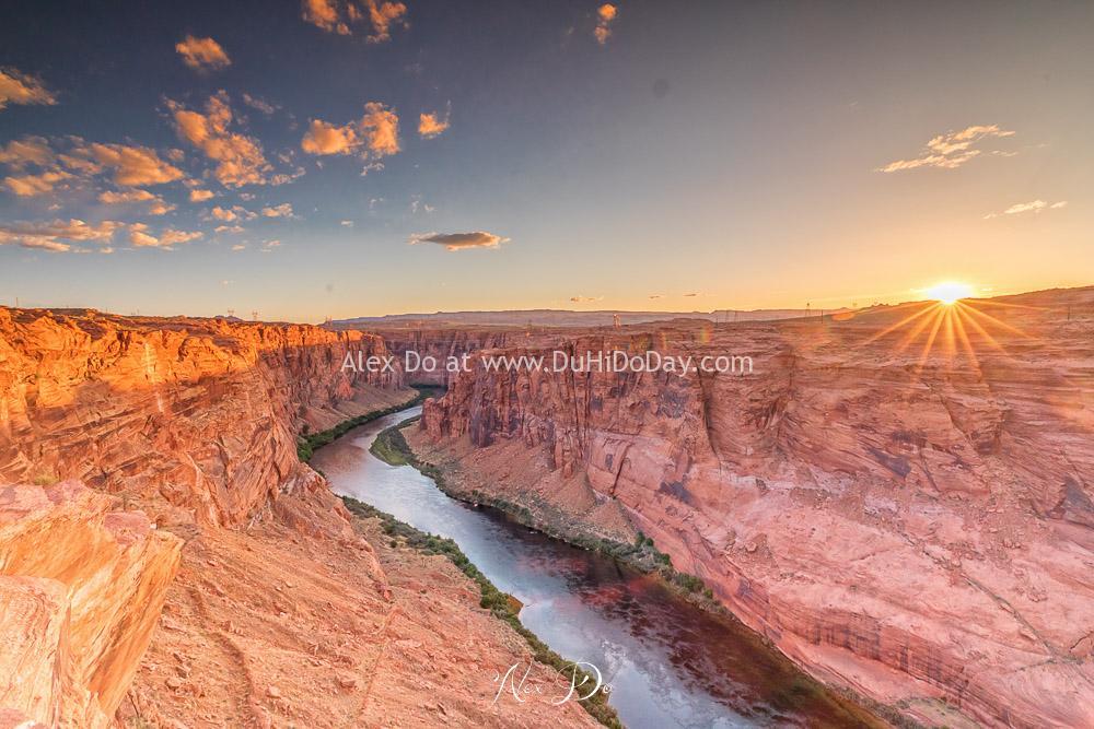 Sông Colorado lúc mặt trời lặn