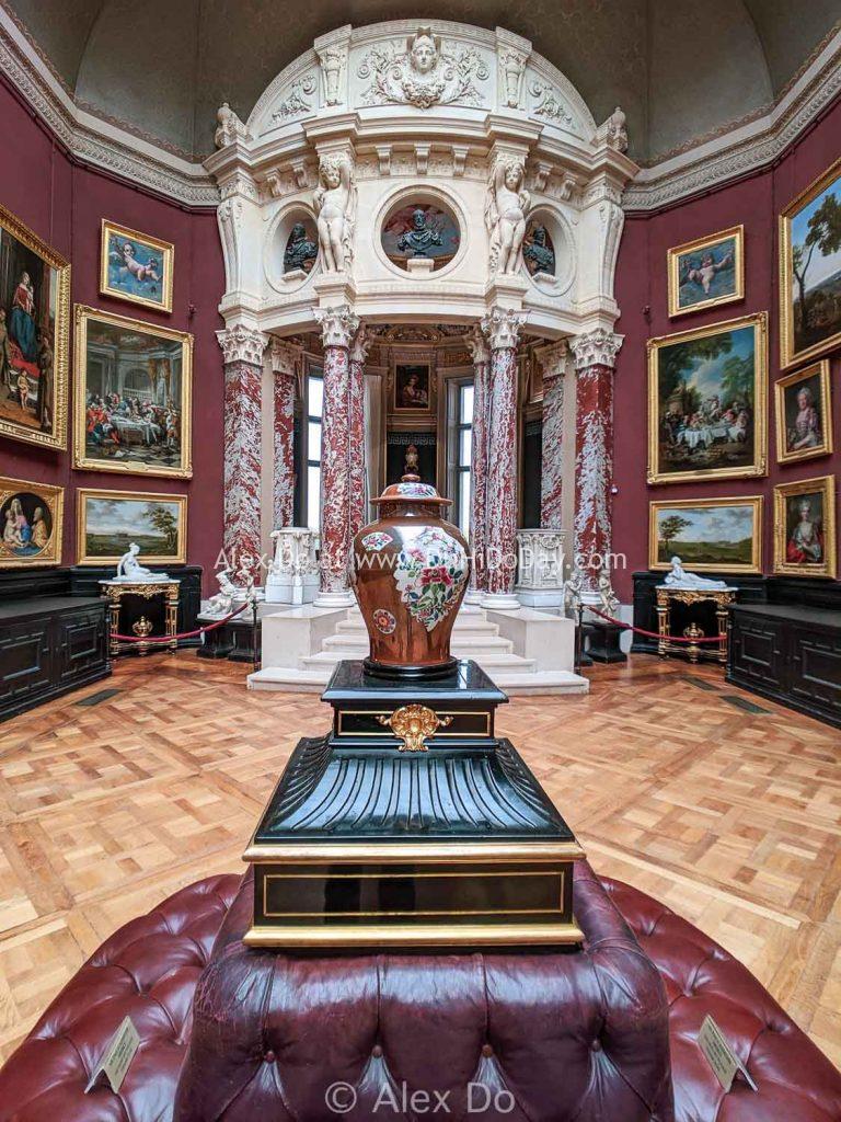 Phòng trưng bày tranh ở Chantilly