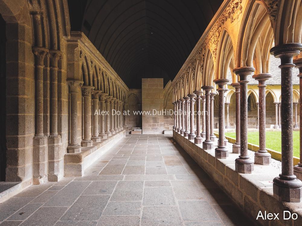 Tu viện ở Mont Saint Michel